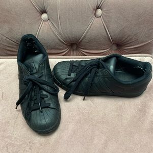 Black Adidas Superstar Sneakers Size 7.5